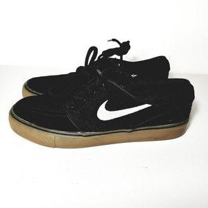 Mens size 5 womans size 7  nike zooms janoski